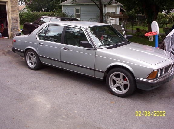 big_anthoiny 1984 BMW 7 Series