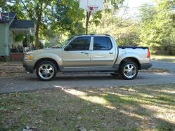mzmwilliams 2003 Ford Explorer Sport Trac