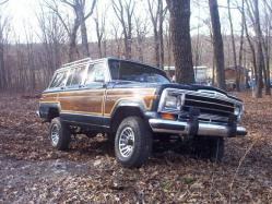 MaxtheSleeper 1990 Jeep Grand Wagoneer