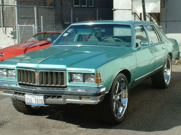 slumpermc 1978 pontiac bonneville specs photos. Black Bedroom Furniture Sets. Home Design Ideas