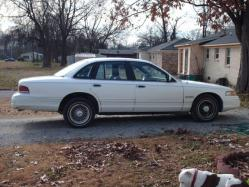 clarencet 1994 Ford Crown Victoria