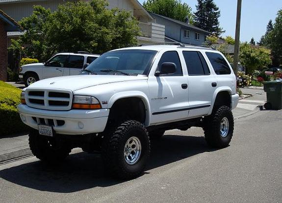 Large on 2003 Dodge Dakota Lifted