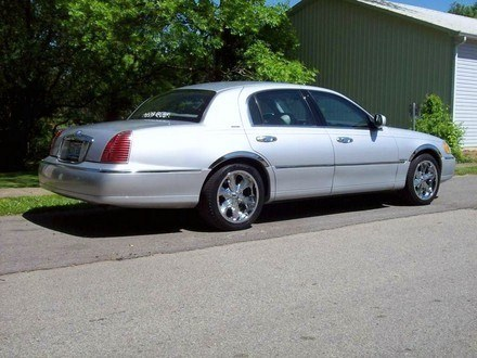 Gob930 1998 Lincoln Town Car Specs Photos Modification Info At