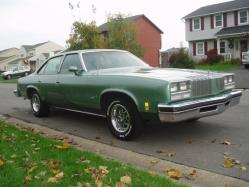damaged442 1977 Oldsmobile Cutlass Supreme