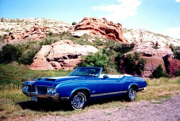 70rocketpilot 1970 Oldsmobile Cutlass Supreme