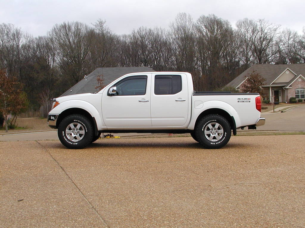 mdawg4x4 2006 nissan frontier crew cab specs photos modification info at cardomain. Black Bedroom Furniture Sets. Home Design Ideas