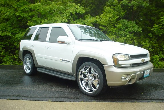 Another whatahottie 2003 Chevrolet TrailBlazer post... - 9043660