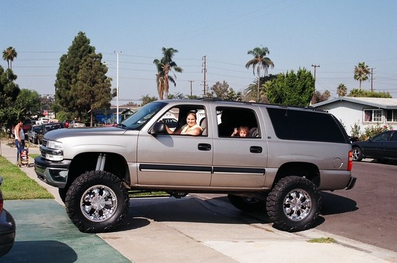 Large on 2002 Cadillac Escalade Lifted