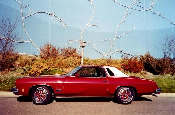 zodiacblue442's 1974 Oldsmobile Cutlass Supreme