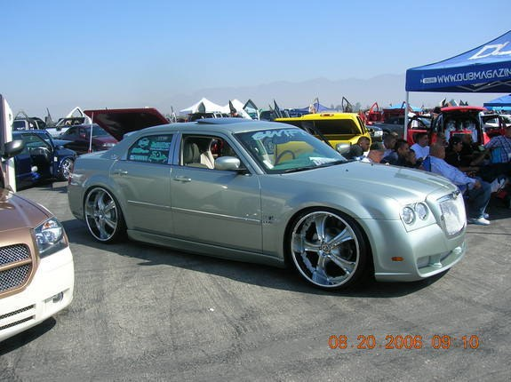 empire_21's 2005 Chrysler 300