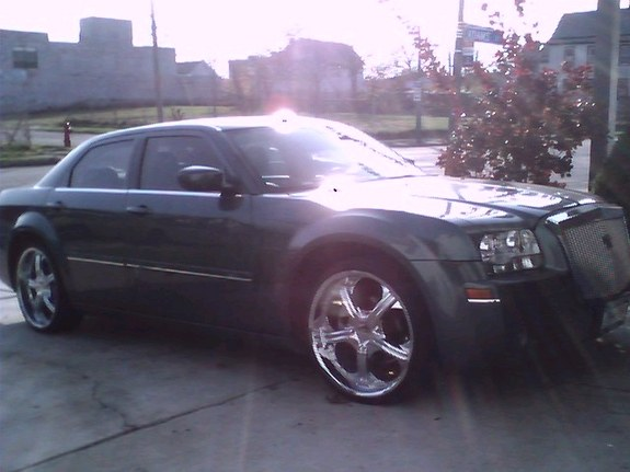 Another empire_21 2005 Chrysler 300 post... - 9080619
