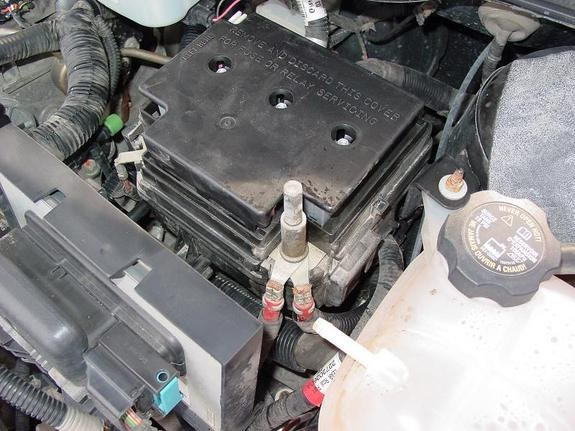 2004 saturn ion 3 battery