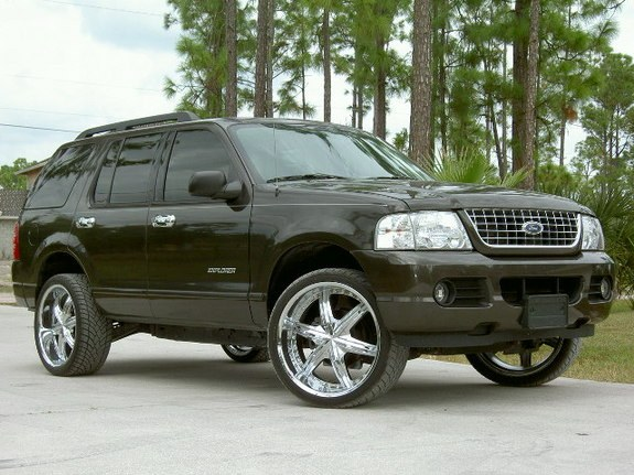 mrrisk22 2005 Ford Explorer 9092208