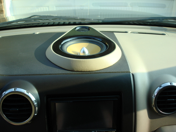 Another White_Chocolate1 2003 Ford Expedition post... - 10278700