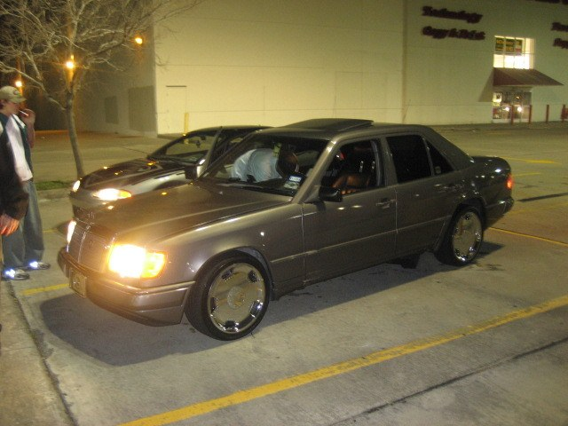 Another modashia 1988 Mercedes-Benz 300E post... - 10291700