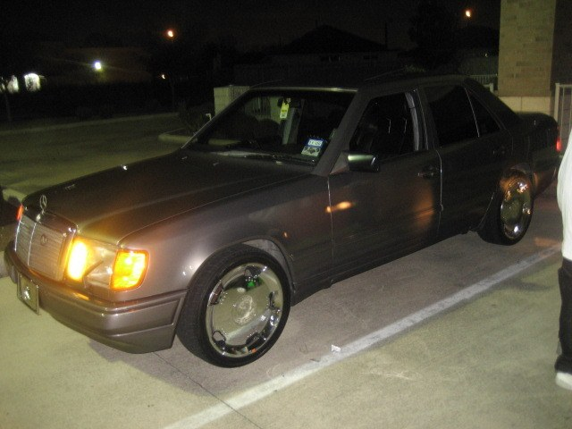Another modashia 1988 Mercedes-Benz 300E post... - 10291703