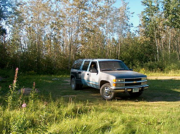 northernsask 1993 GMC Suburban 1500 10292209