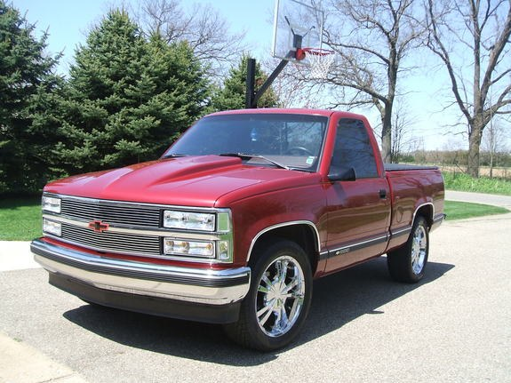 tschriem23's 1990 Chevrolet C/K Pick-Up