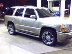 denali-units 2006 GMC Yukon Denali
