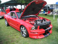 70FLASHBACKs 2006 Ford Mustang