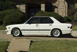 VoltronM535is 1985 BMW 5 Series