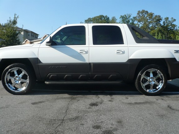 19nupe11 2004 chevrolet avalanche 11648073