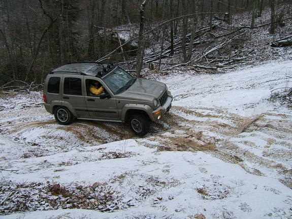 Another meh_kick 2004 Jeep Liberty post... - 10406770