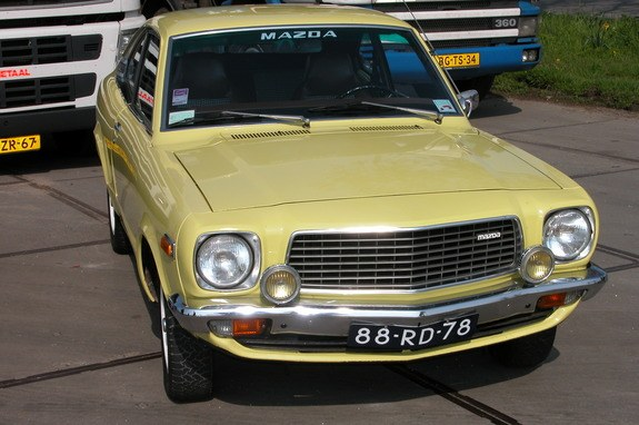 818coupe's 1977 Mazda 808