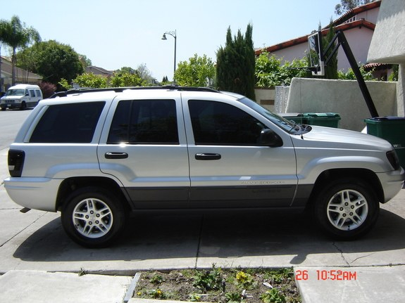 fatsoomeed 2002 Jeep Grand Cherokee 9575750