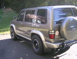 TrooperBeast00 2000 Isuzu Trooper