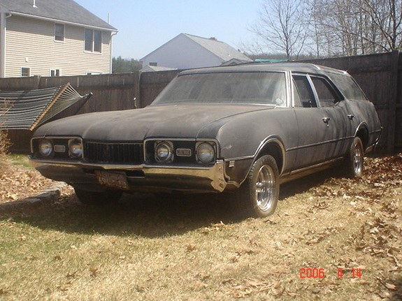 71cutlassayer 1968 Oldsmobile Vista Cruiser 10421870