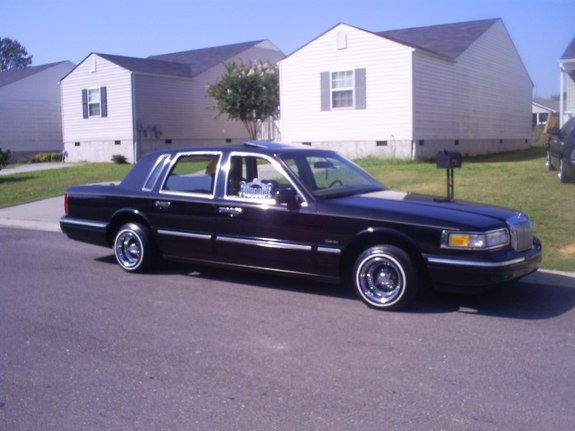 Boundedcc 1997 Lincoln Town Car Specs Photos Modification Info At