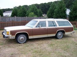 ClarkGriswold 1985 Ford LTD Country Squire