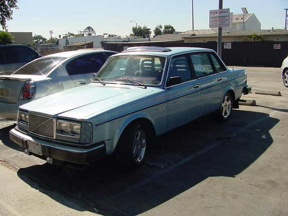 Another antgad 1982 Volvo 200-Series post... - 10464214