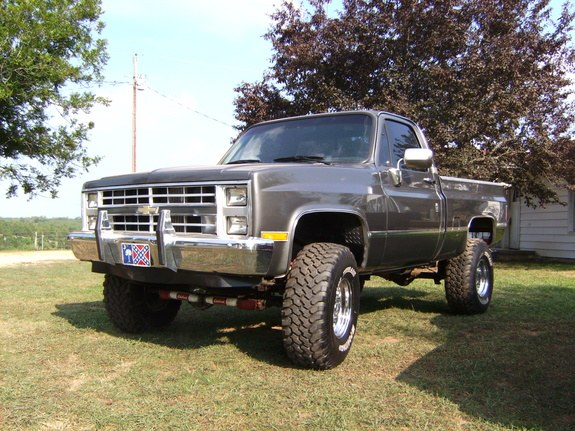 yodeezy85 1985 Chevrolet Silverado 1500 Regular Cab Specs, Photos, Modification Info ...