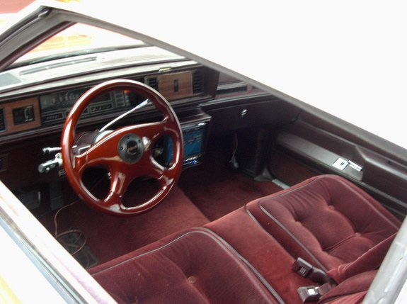 Another MiltownzScootG 1986 Oldsmobile Cutlass Supreme post... - 9303549