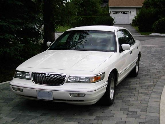 pdoggs marquis 39 s 1997 mercury grand marquis in vancouver bc. Black Bedroom Furniture Sets. Home Design Ideas