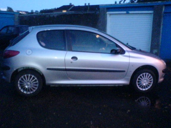 Another laurao7x 2002 Peugeot 206 post... - 10618350