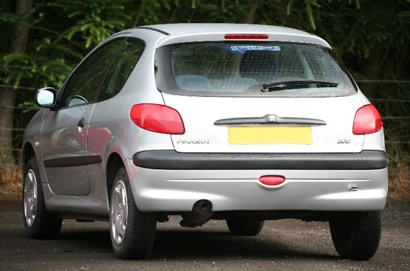 Another laurao7x 2002 Peugeot 206 post... - 10618355