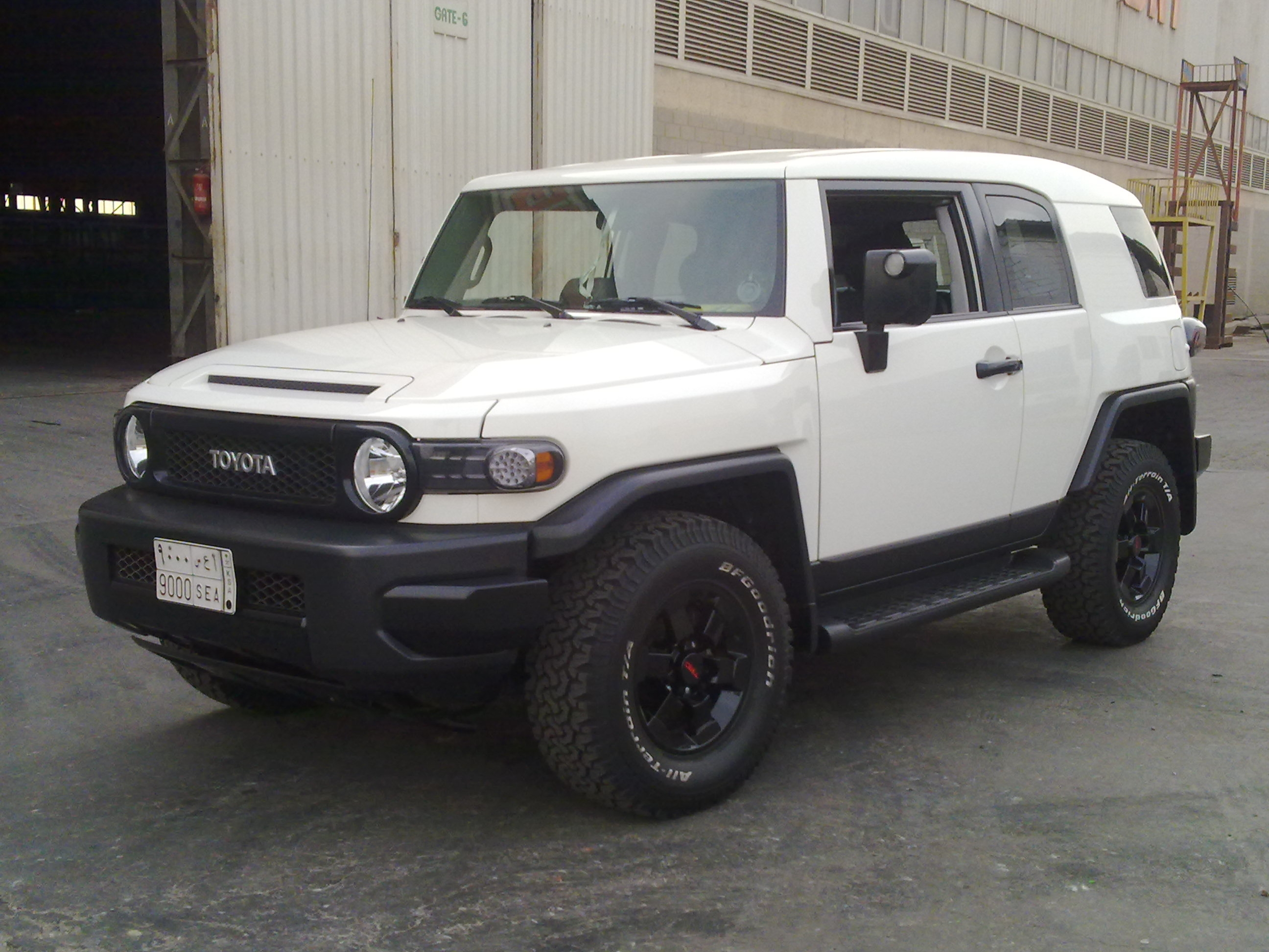 aburemaz 39 s 2008 toyota fj cruiser in jeddah. Black Bedroom Furniture Sets. Home Design Ideas