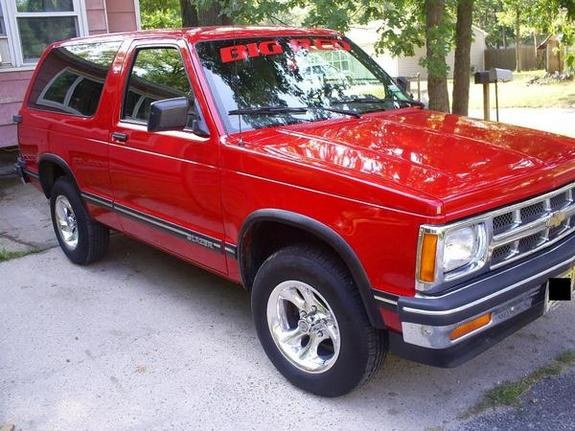 Another DOMIQUAN 1993 Chevrolet S10 Blazer post... - 10490225