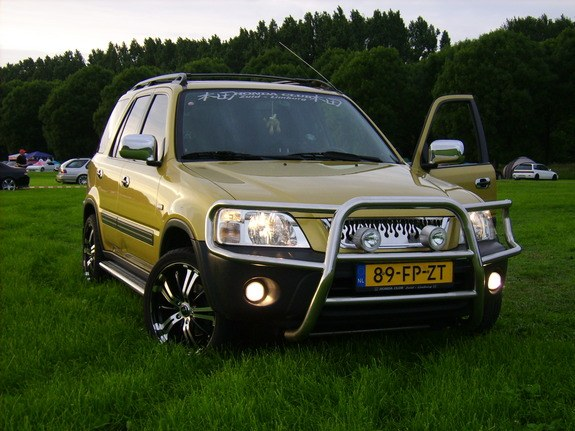 DutchBeast's 2000 Honda CR-V