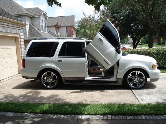 actin a phoon 2002 lincoln navigator specs photos modification info at cardomain cardomain