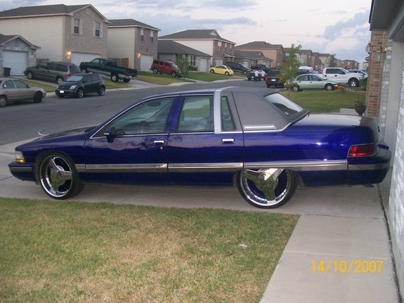 KandY_BurplE_94 1994 Buick Roadmaster 10499230