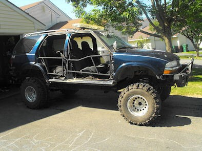 Another OFFROAD_RESCUE 2001 Chevrolet S10 Blazer post... - 9309242
