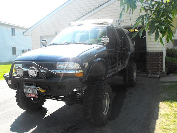 Another OFFROAD_RESCUE 2001 Chevrolet S10 Blazer post... - 9309244