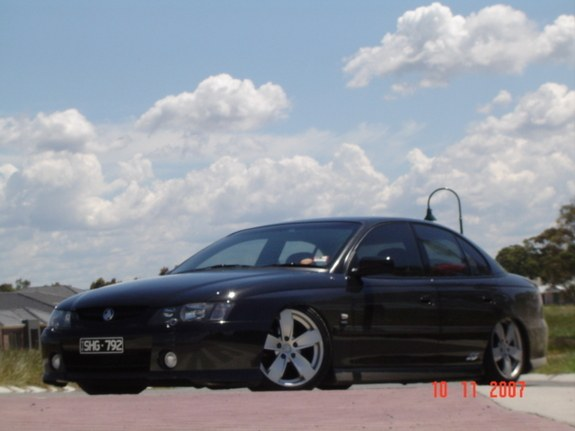 Another rteuma 2003 Holden Commodore post... - 10973503