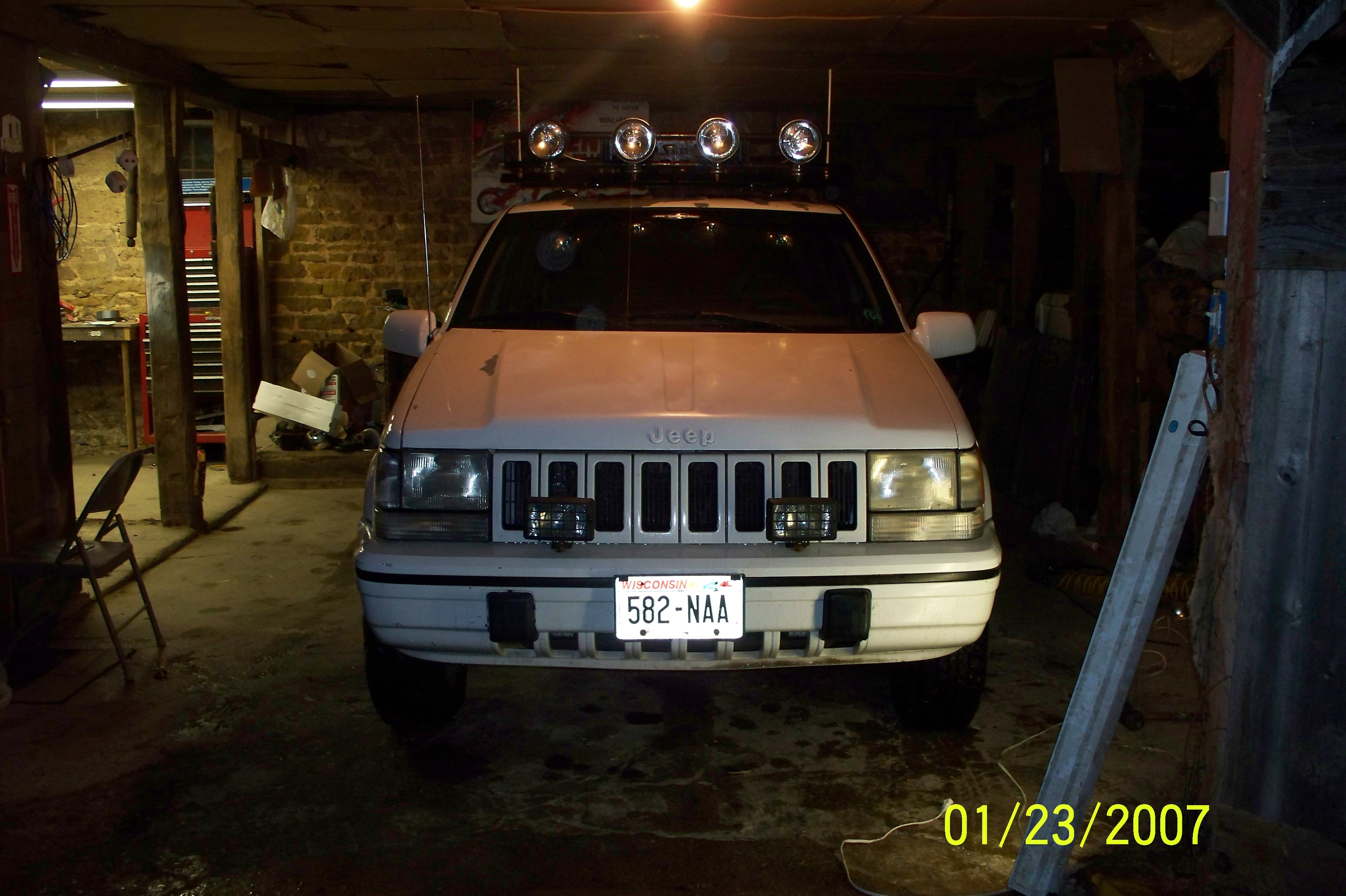 comanche-man 1994 Jeep Grand Cherokee 10788947