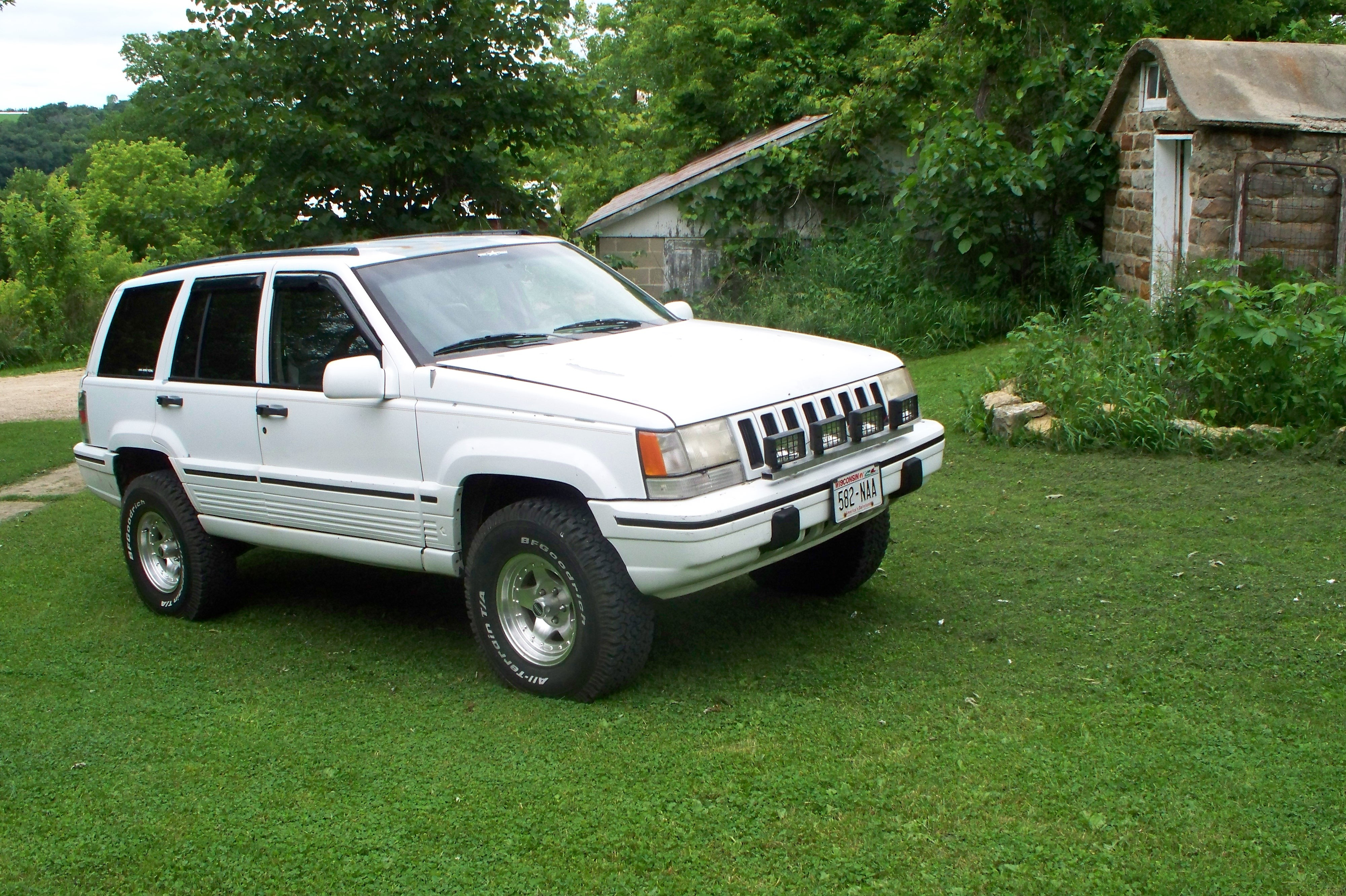 comanche-man's 1994 Jeep Grand Cherokee