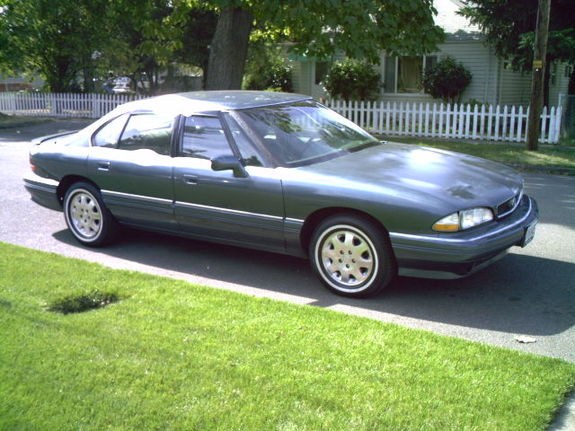 jonathans babe 39 s 1995 pontiac bonneville in lebanon or. Black Bedroom Furniture Sets. Home Design Ideas